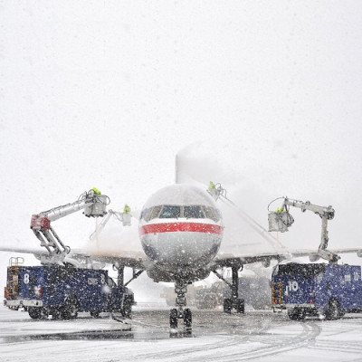 Snow-Related Flight Delays May Soon be a Thing of the Past Thanks to Nanotechnology